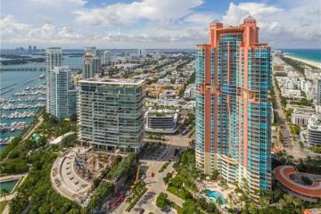 Home for Sale at 300 S Pointe Dr #LPH2, Miami Beach FL 33139