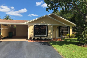 Home for Sale at 3602 W Bell Dr, Davie FL 33328