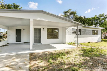 Home for Sale at 3556 SW 15th St, Fort Lauderdale FL 33312