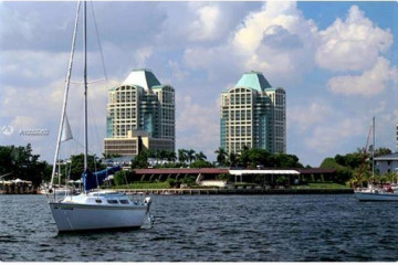 Home for Sale at 3350 SW 27 Ave #2103, Coconut Grove FL 33133