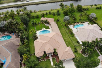 Home for Sale at 4101 SW 141st Ave, Davie FL 33330