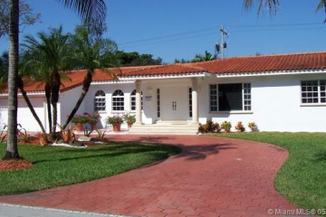 Home for Rent at 1443 Blue Rd, Coral Gables FL 33146