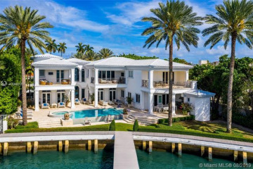 Home for Sale at 4330 N Bay Rd, Miami Beach FL 33140