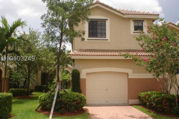 Home for Sale at 4012 Peppertree Dr, Weston FL 33332