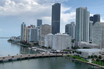 Home for Sale at 701 Brickell Key Blvd #1812, Miami FL 33131