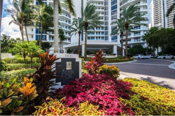 Home for Sale at 21200 Point Pl #2304, Aventura FL 33180
