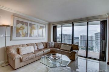 Home for Sale at 4000 Island Blvd #2803, Aventura FL 33160