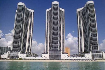 Home for Sale at 15811 Collins Ave #1805, Sunny Isles Beach FL 33160
