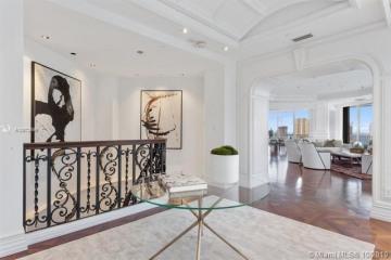 Home for Sale at 2800 Island Blvd #PH05, Aventura FL 33160