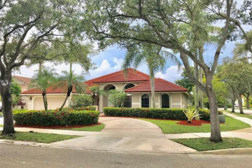 Home for Rent at 1051 Deerpath Ct, Weston FL 33326