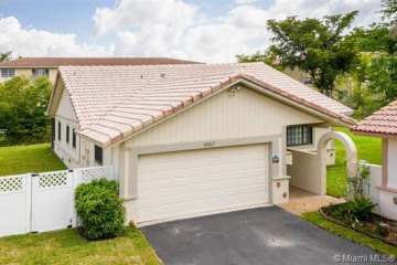 Home for Sale at 10317 NW 31st St, Coral Springs FL 33065