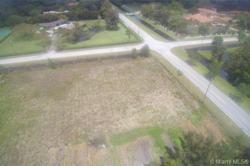 Home for Sale at 14220 Luray Rd, Southwest Ranches FL 33330