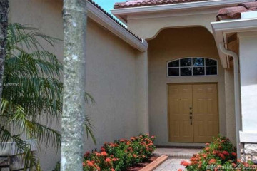 Home for Rent at 778 Tulip Cir, Weston FL 33327