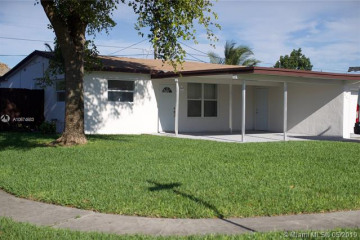 Home for Sale at 641 N 70th Ter, Hollywood FL 33024