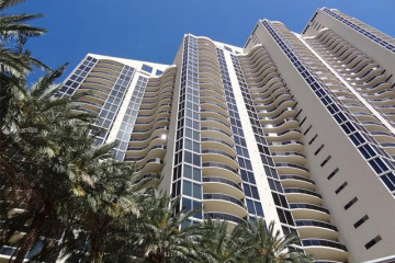 Home for Rent at 17555 Collins Ave #406, Sunny Isles Beach FL 33160