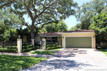 Home for Rent at 6930 Almansa St, Coral Gables FL 33146