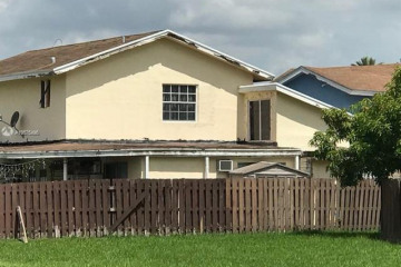 Home for Sale at 962 NW 106th Ave Cir, Miami FL 33172