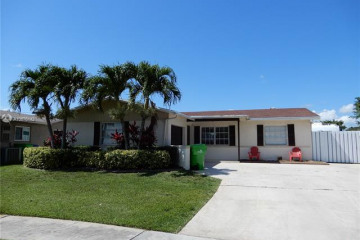 Home for Sale at 11311 NW 39th Pl, Sunrise FL 33323