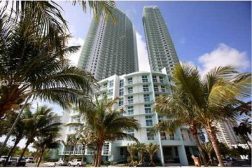 Home for Sale at 1900 N Bayshore Dr #1714, Miami FL 33132