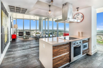 Home for Sale at 1100 Biscayne Blvd #5707, Miami FL 33132