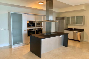 Home for Sale at 18201 Collins Ave #4004, Sunny Isles Beach FL 33160