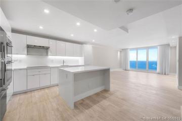 Home for Sale at 2301 Collins Ave #1524-23, Miami Beach FL 33139