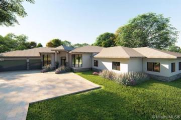 Home for Sale at 12882 Grand Oaks Dr, Davie FL 33330