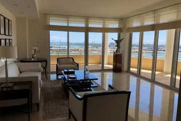 Home for Sale at 848 Brickell Key Dr #1901, Miami FL 33131