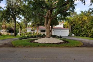 Home for Rent at 5656 Granada Blvd, Coral Gables FL 33146