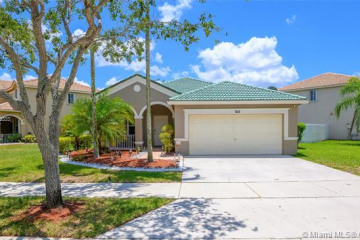 Home for Sale at 748 Vista Meadows Dr, Weston FL 33327