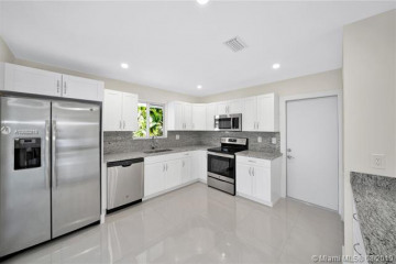 Home for Rent at 5510 S Le Jeune Rd, Coral Gables FL 33146