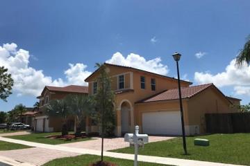 Home for Sale at 2109 NE 38th Rd, Homestead FL 33033