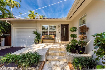 Home for Rent at 407 Perugia Ave, Coral Gables FL 33146