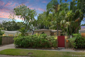 Home for Sale at 2360 Overbrook St, Coconut Grove FL 33133