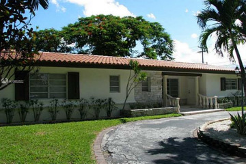 Home for Rent at 1542 Siena Ave #-, Coral Gables FL 33146