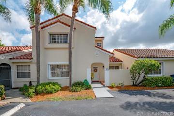 Home for Sale at 1573 Springside Dr, Weston FL 33326
