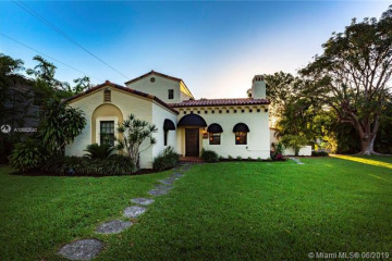 Home for Rent at 5500 Alhambra Cir, Coral Gables FL 33146