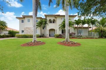 Home for Sale at 8110 SW 175th St, Palmetto Bay FL 33157