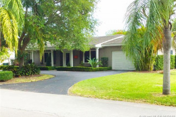 Home for Rent at 1400 Campamento Ave, Coral Gables FL 33156