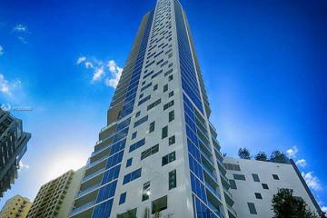 Home for Sale at 1300 Brickell Bay Dr #1204, Miami FL 33131