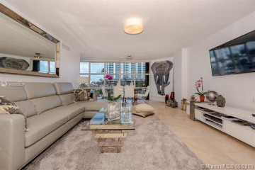 Home for Rent at 6423 Collins Av #309, Miami Beach FL 33141