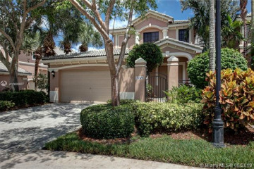 Home for Sale at 2769 Center Ct Dr #3-21, Weston FL 33332