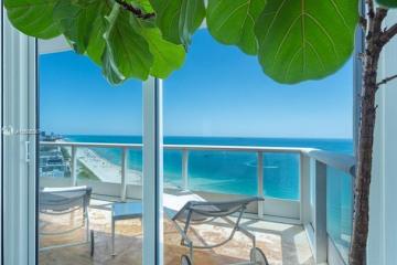 Home for Sale at 100 S Pointe Dr #3006, Miami Beach FL 33139