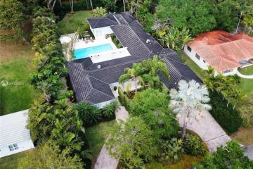 Home for Rent at 7900 Altamira St, Coral Gables FL 33143