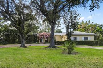 Home for Rent at 5030 Granada Blvd, Coral Gables FL 33146