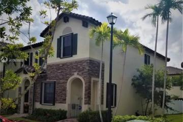 Home for Sale at 9350 W 33rd Ln, Hialeah FL 33018