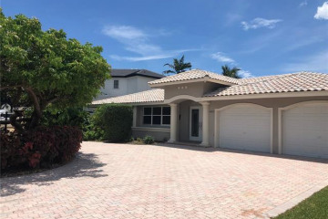 Home for Rent at 2442 NE 26th St, Lighthouse Point FL 33064