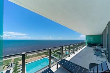 Home for Sale at 360 Ocean Dr #1104S, Key Biscayne FL 33149