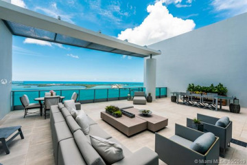 Home for Sale at 1331 Brickell Bay Dr #PH4707, Miami FL 33131