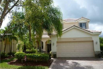 Home for Rent at 4383 W Foxtail Ln, Weston FL 33331